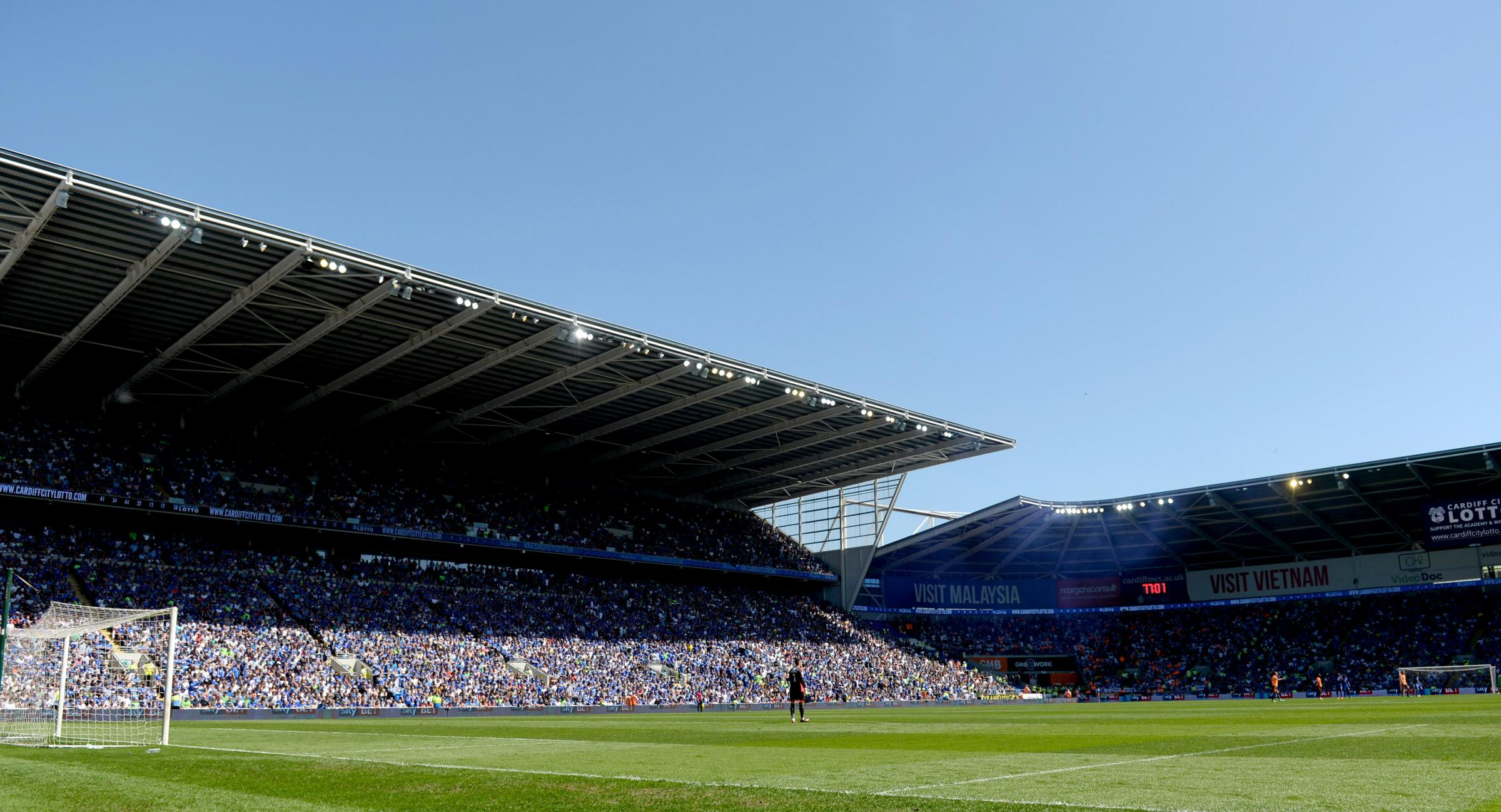 Cardiff City fans save Huddersfield Town heart attack victim's life