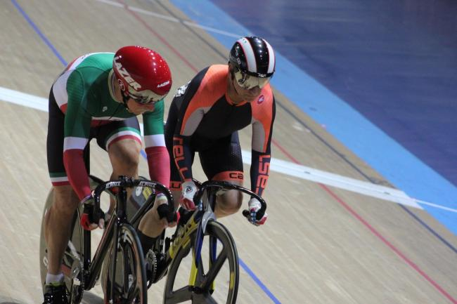 Dave Hughes in action on his way to world sprint title