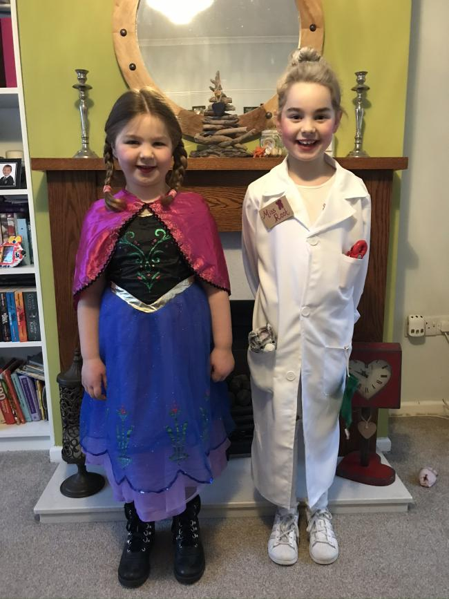 Princess Anna (Amelia Lynch 5) and the Demon Dentist(Esmee Lynch 7)