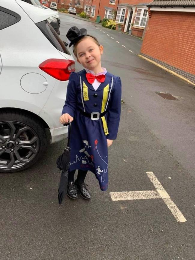 Lyla my grandaughter aged 8 looks brilliant as Mary Poppins