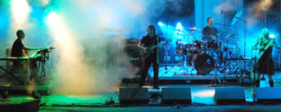 Steve Hackett in action with his band