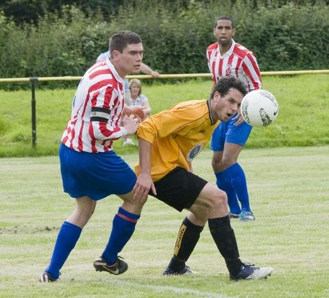 Action from Sporting's 0-0 draw at Alvechurch.
