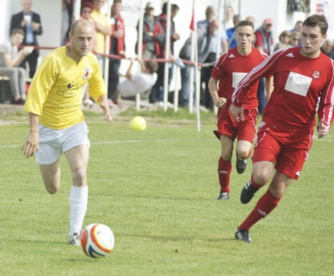 On the move: James Blake (yellow) has returned to Evesham.