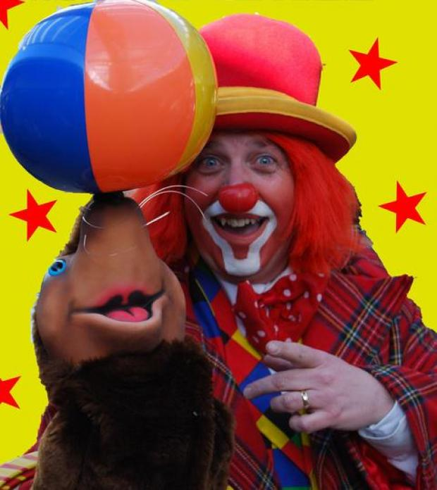 Clowning around: The National Clown Theatre is bringing its Circus Funshow to Bromsgrove this half term holiday. Ref:s