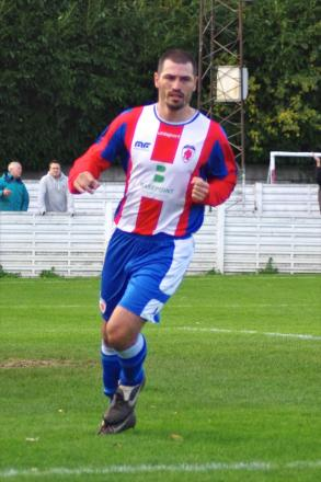 Staying put: Manager Adie Mander is hoping hitman Mark Bellingham will remain.