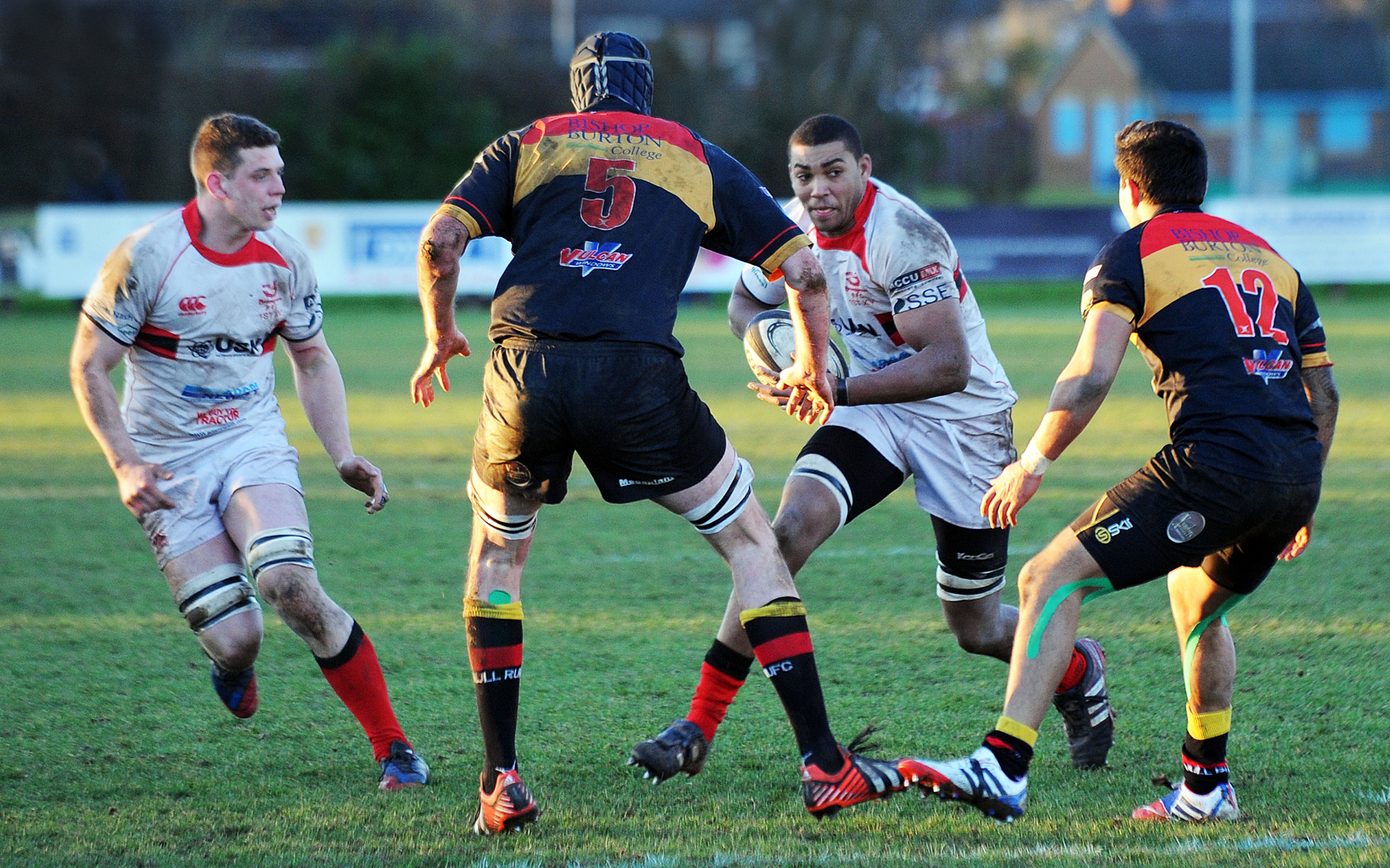 On the run: Bromsgrove's So Dacres tries to find a way through Hull's defence. Picture: PETE JEPSON