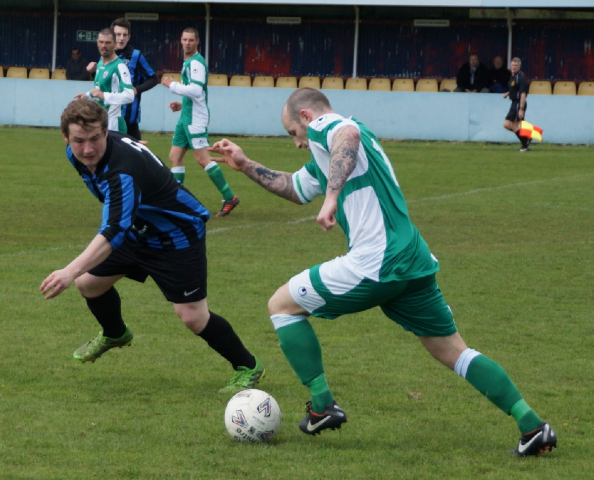 Winger Danny Ludlow launches another raid for Sporting. Picture: Rob McLaren.