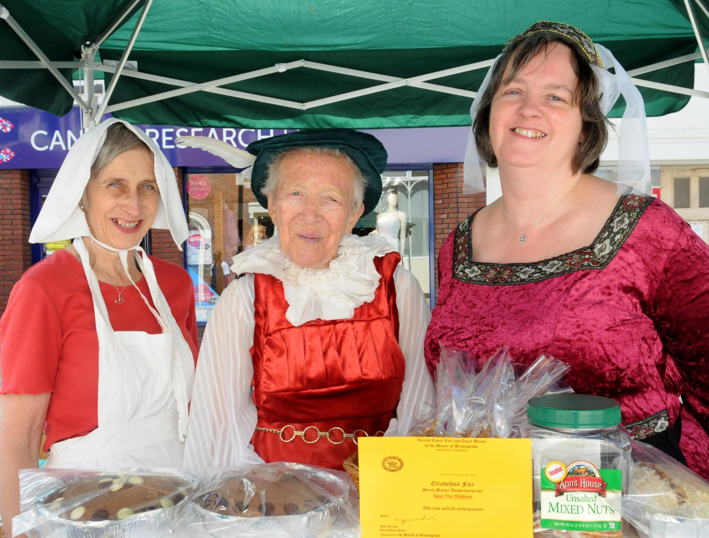 Sun shone for Court Leet Fair Day