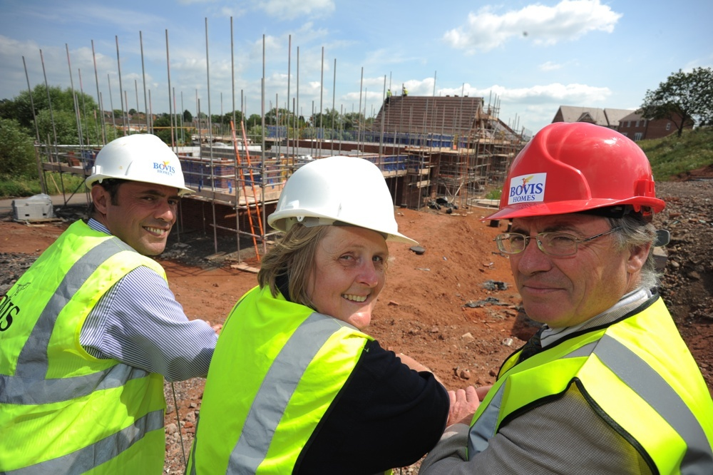 Richard Holland (Bovis Homes), Joanne Welch (Jephson Homes Housing Association) and Councillor Kit Taylor.