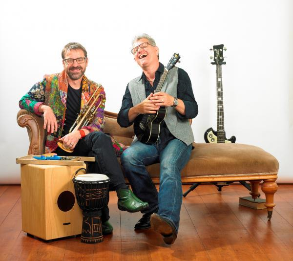 MUMBO-JUMBO: The Mumbo-Jumbo folk trip are led by two of the region's most experienced Blues musicians, Oliver Carpenter and Chris Lomas. SP