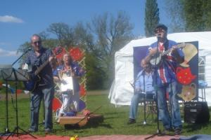 Come enjoy live skiffle music at The Lounge in Alvechurch