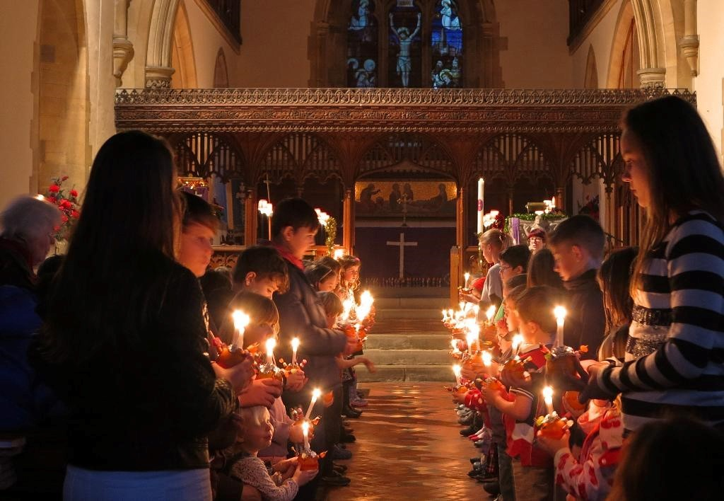 Children attended St John the Baptist church, Crowle, near Worcester, for the annual Christingle Service, which raises money for the Children's Society of Gt Britain. Photograph by Bob Brierley of Worcestershire Camera Club (49563187)