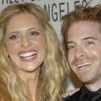 Bromsgrove Advertiser: Sarah Michelle Gellar shares adorable throwback pictures of her and Buffy co-star Seth Green
