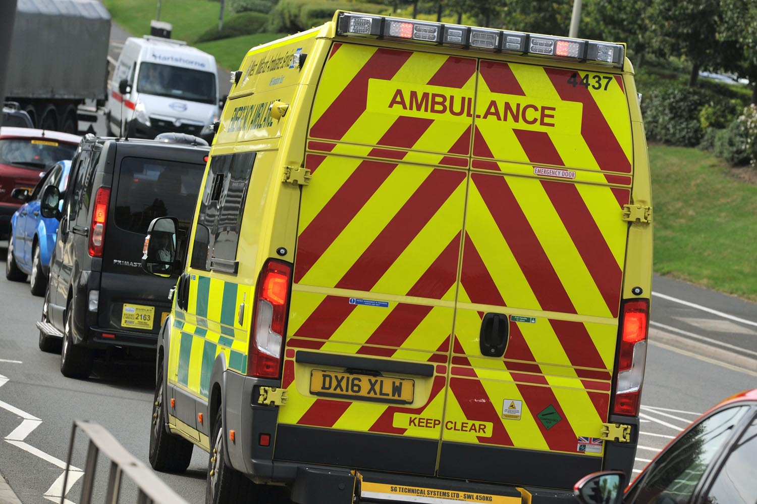 Man dies after Alvechurch crash