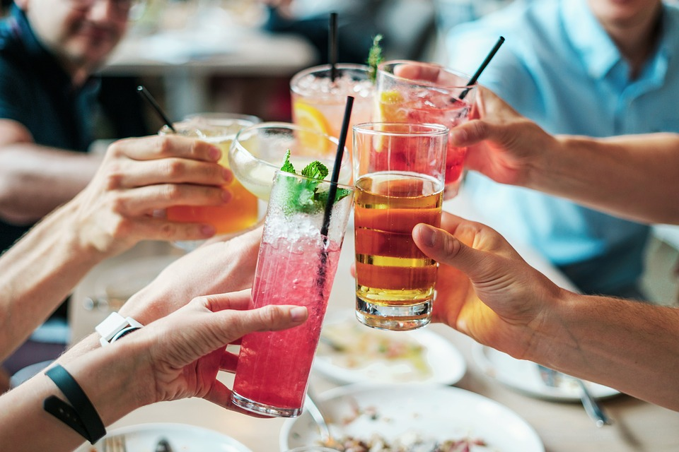 Crackdown on alcohol prices to stop binge drinking, expert says