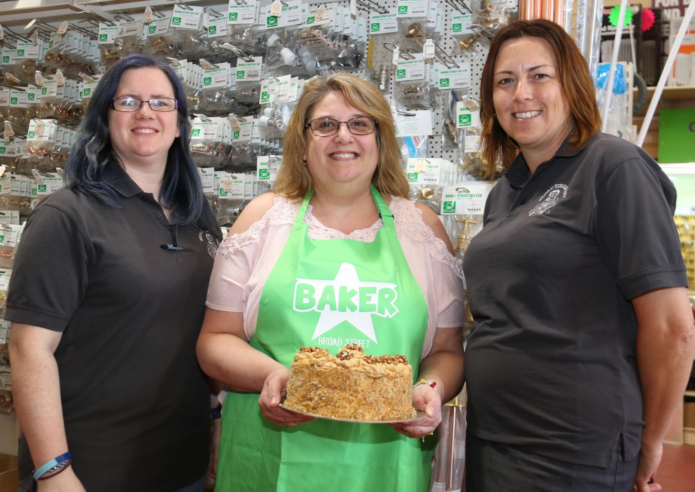 Lisa Childs, Broad Street DIY Star Baker Jo Chatwin, and Hayley Warren