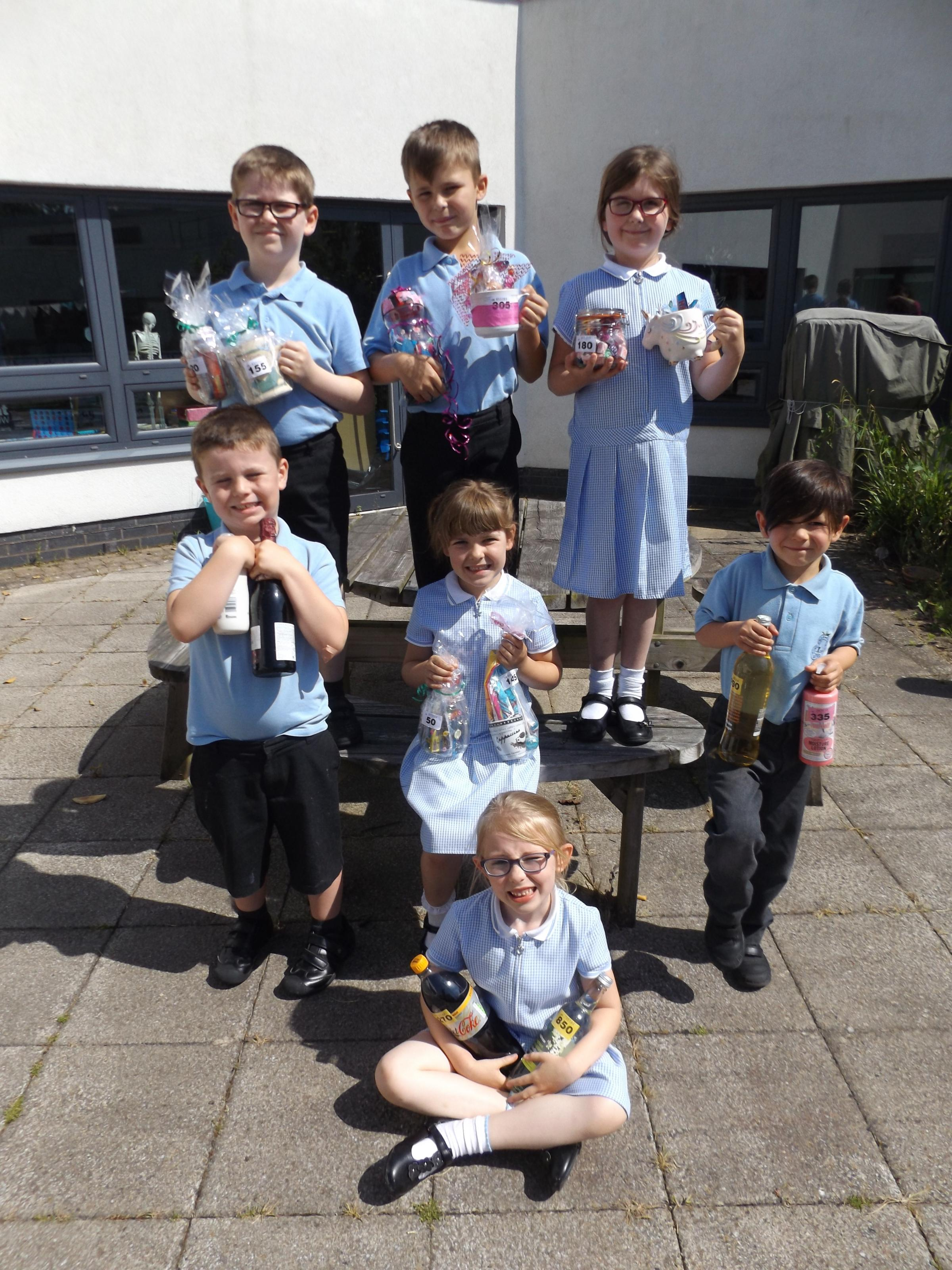 Sidemoor First Schools pupils preparing for their Summer Fayre