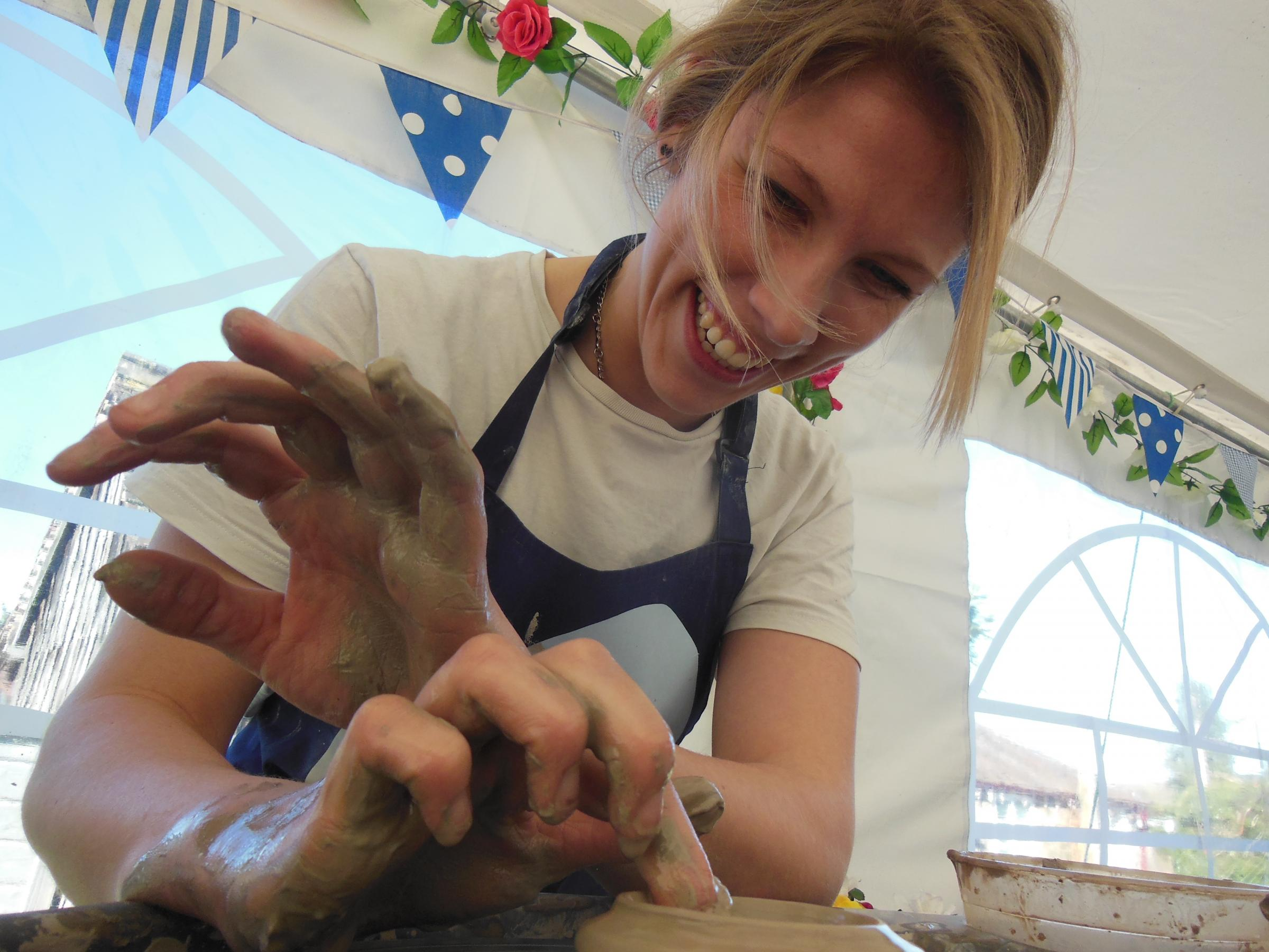 Potter's wheel one day course - Sat 16 Nov