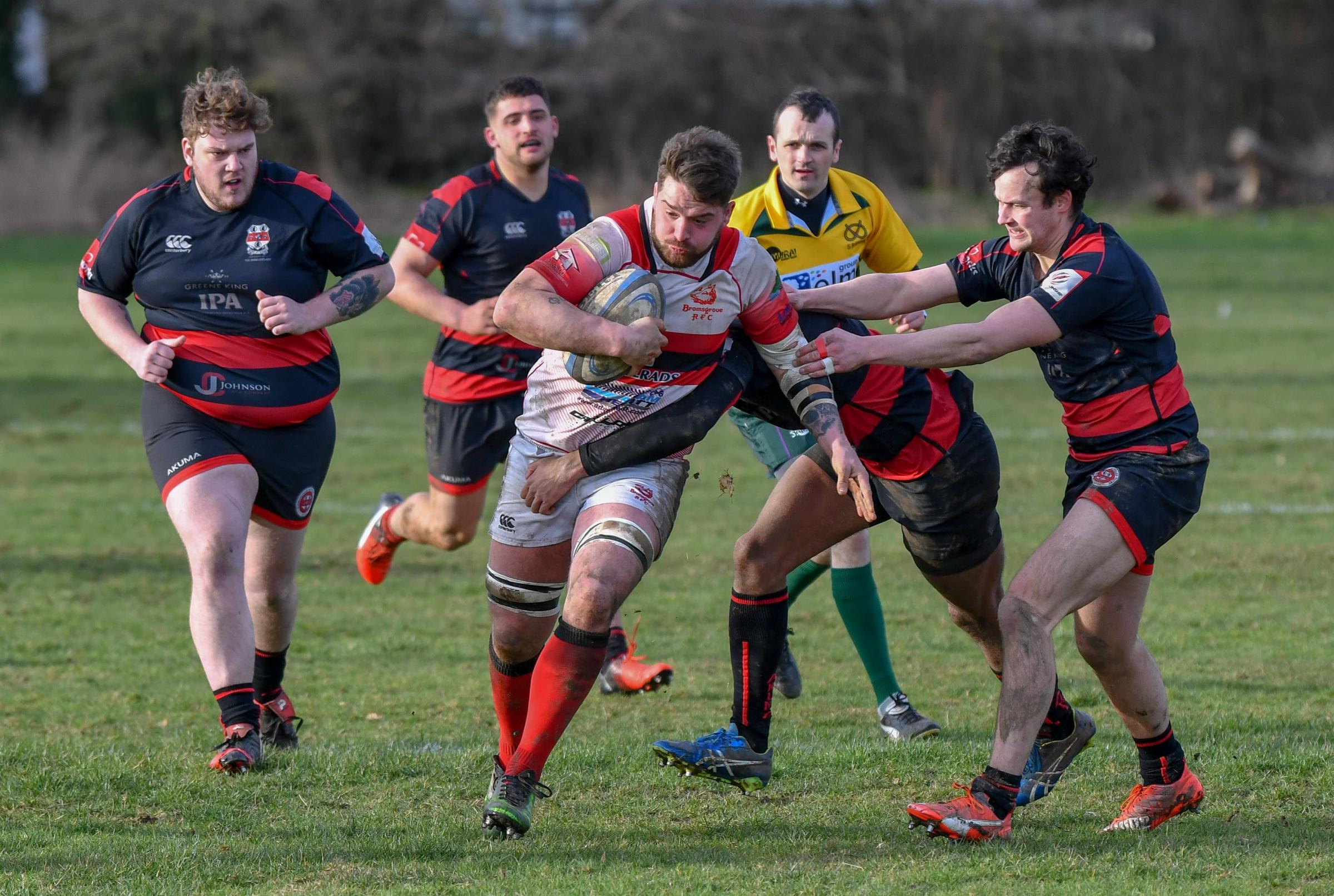 Josh Tomlinson makes a break for the Boars. Photo by Andy Jepson.