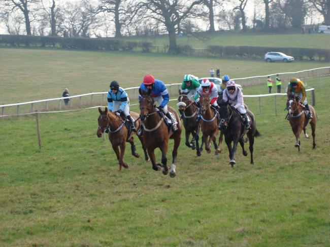 Racing returns to Chaddesley Corbett this weekend